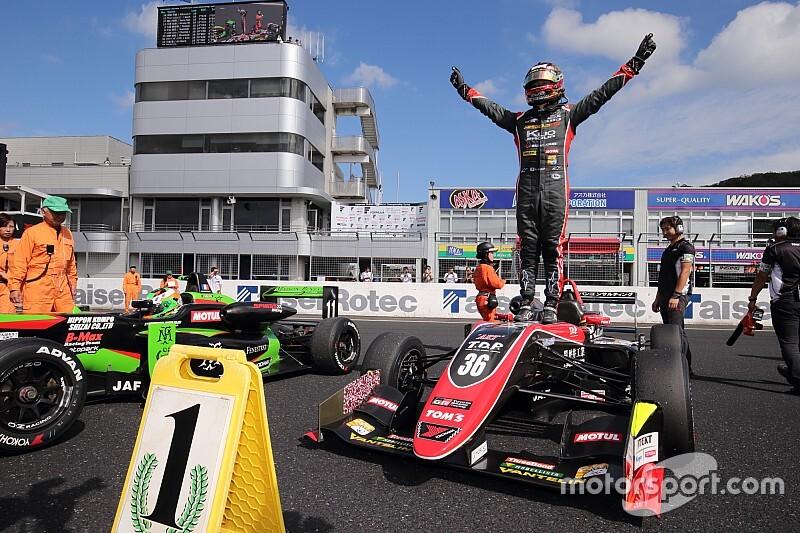 F3第19戦|宮田が2位以下寄せ付けず独走。今季7勝目を飾る