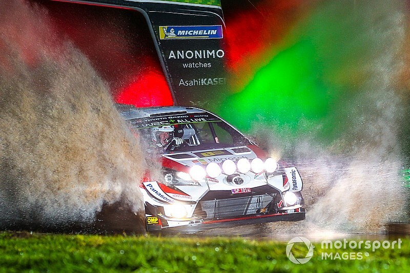 WRC, Rally Galles, PS1: svetta Meeke. Petter Solberg è terzo!