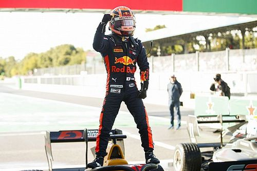 Yuki Tsunoda se estrena en la F3 con una gran victoria en Monza