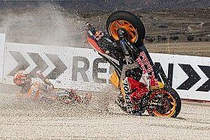 SECUENCIA GRÁFICA: la caída de Márquez en la FP2 en Aragón