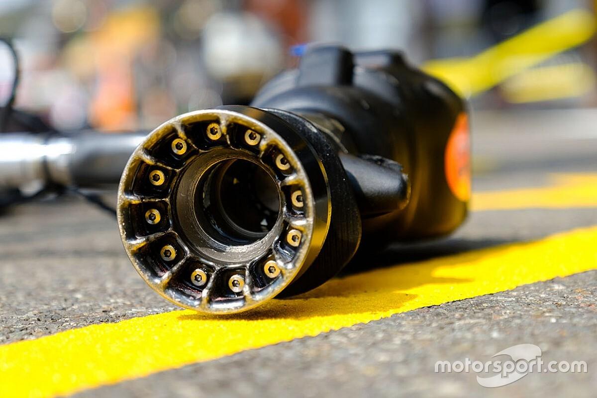 Командам Ф1 запретят дорабатывать домкраты и гайковерты