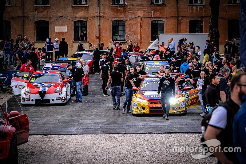 Australia and Ukraine win first Motorsport Games gold medals