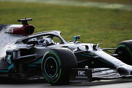 Mercedes instruuje kierowców