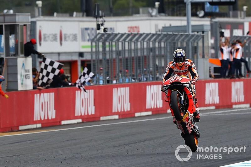 Márquez vainqueur malgré une alerte au niveau de l'essence