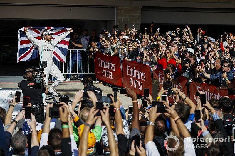 Hamilton campeón, victoria para Bottas en Austin