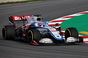 Photos - La Williams FW43 déjà en piste à Barcelone