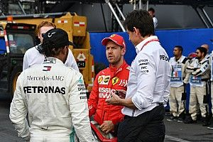 Mercedes no descarta a Vettel, dice Wolff