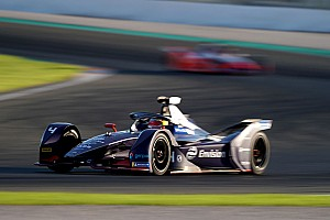 Frijns quickest in Valencia test as de Vries crashes