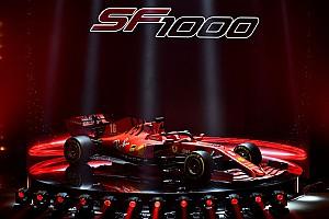 Művészi videón Vettel és Leclerc új F1-es autója