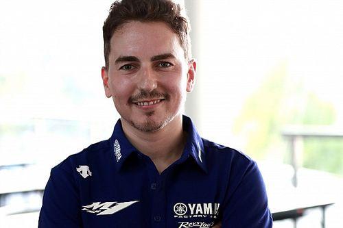 Lorenzo wins on Virtual MotoGP debut at Silverstone
