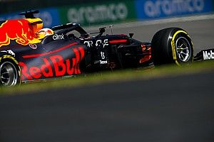 EL1 - Verstappen d'une courte tête, Hamilton en embuscade