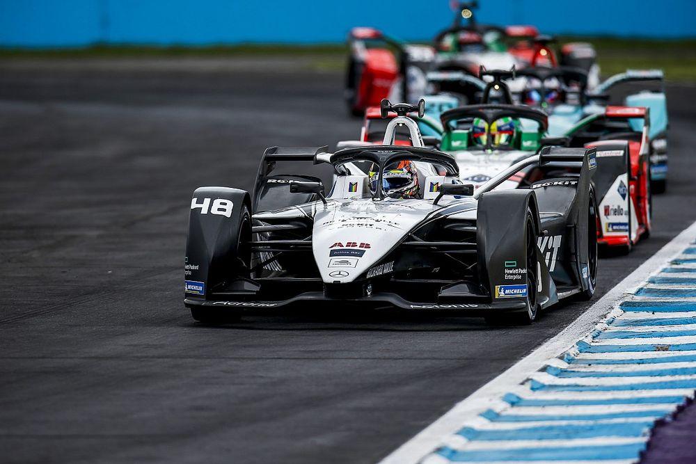 F-E: Edoardo Mortara deixa Wehrlein e Rowland para trás e vence corrida 2 de Puebla; Sette Câmara é 15º