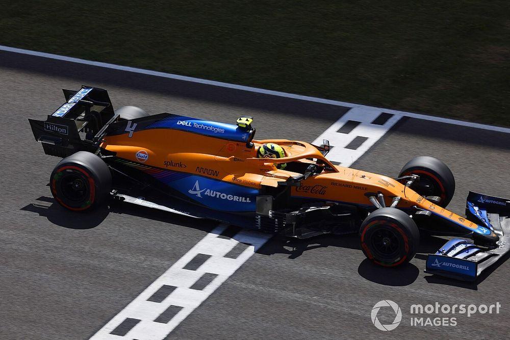 McLaren, Norris'in Verstappen'i engellemeye çalıştığı iddialarını reddetti