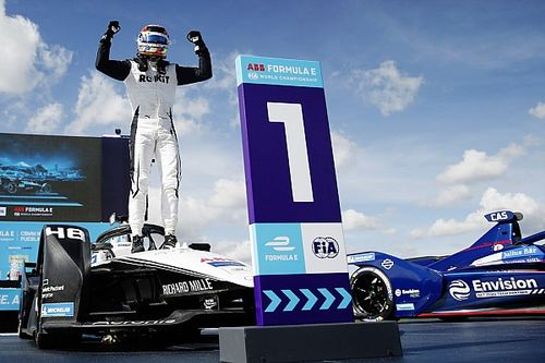 Puebla E-Prix: Mortara holds off Wehrlein to secure FE victory
