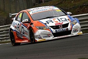Thruxton BTCC: Tordoff on pole as Blundell and Chilton collide