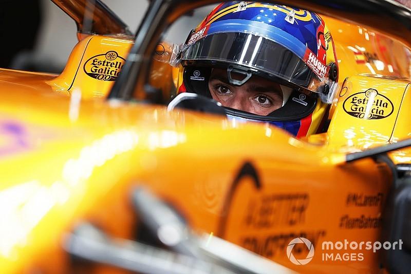 F1合同テスト後半2日目:マクラーレンのサインツがトップ! フェラーリにトラブル発生