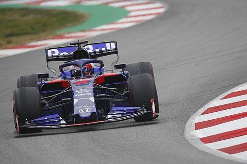 Kvyat met Toro Rosso-Honda snelste op derde testdag, Verstappen vijfde