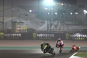 "MotoGP warned of ""no finishers"" as Qatar keeps start time"