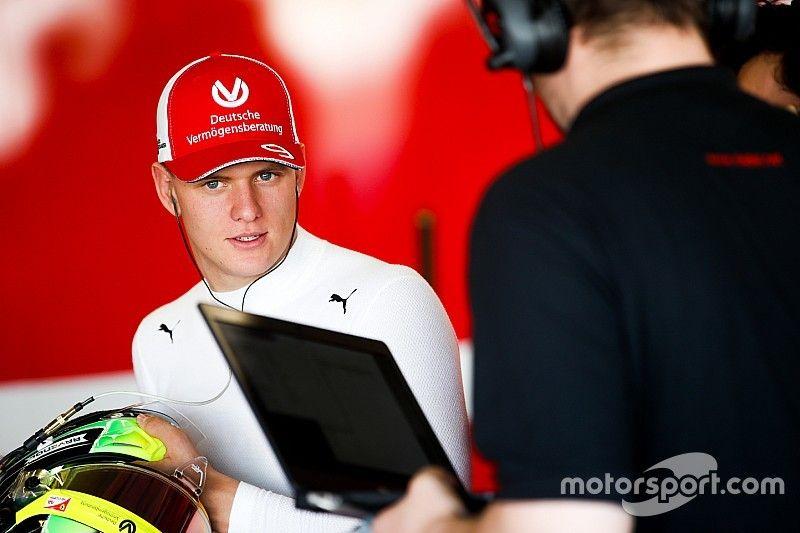 """Schumacher : """"Être comparé à mon père n'a jamais été un problème"""""""