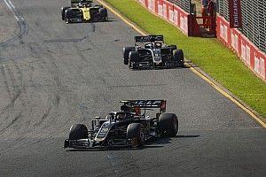 Elátkozták a Haast Ausztráliában, de legalább az egyik autó sok pontot gyűjtött