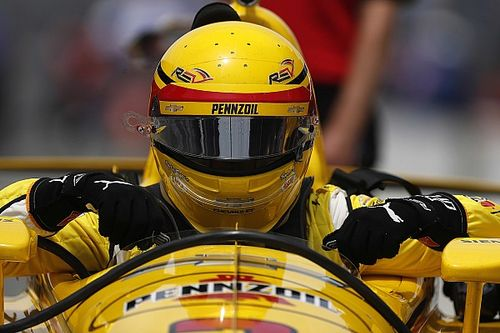 Castroneves says 2018 IndyCar demands more finesse