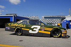Dos jefes de equipo de la Xfinity Series fueron expulsados de Daytona