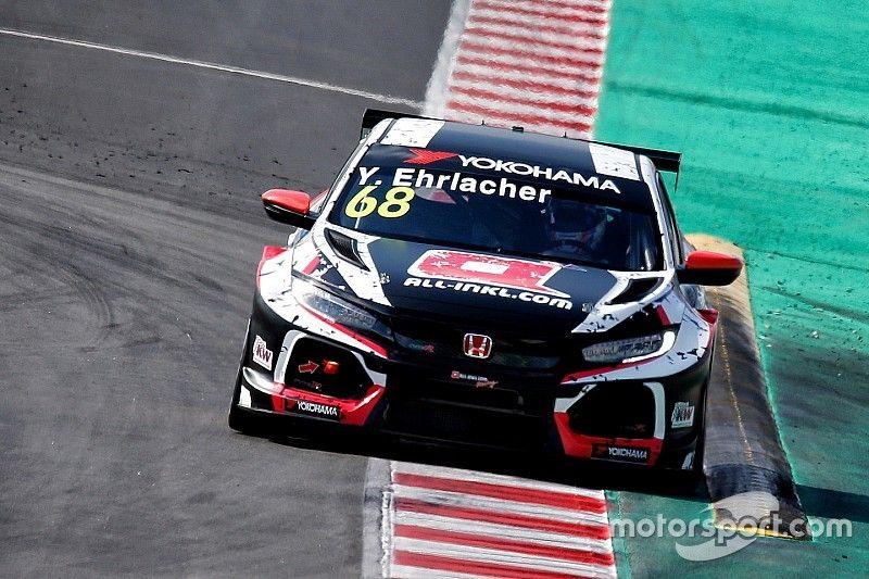 Ehrlacher sorprende y se lleva la victoria en la primera carrera del WTCR en Hungría