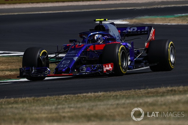 "Toro Rosso ""confused"" by upgrade - Gasly"