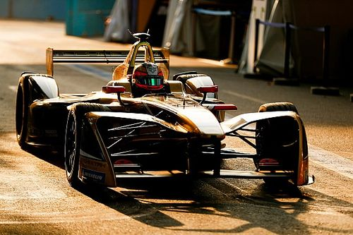Santiago ePrix: Pole Vergne'in, Bird ve Lotterer kaza yaptı