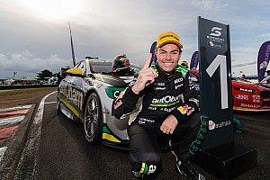 Supercars legend Lowndes announces retirement
