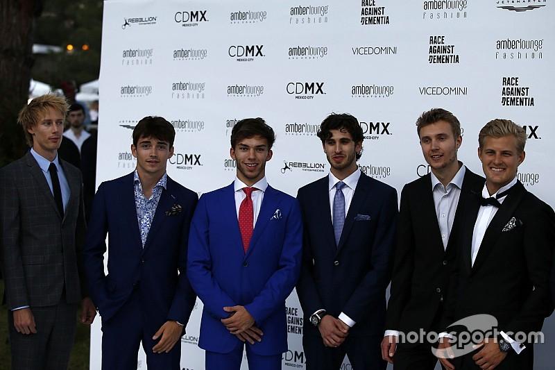 Galería: los pilotos de F1 se convierten en modelos en Mónaco