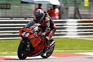 Malaysian Moto2: Oliveira leads dominant 1-2 for KTM