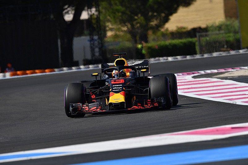 """Ricciardo kampte met schade: """"Veel minder downforce"""""""