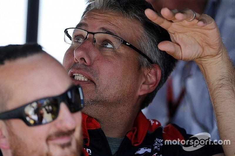 Hampson joins Arrow McLaren SP