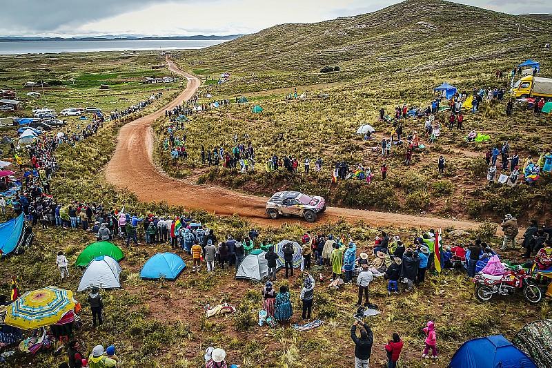 """Dakar 2018: Sainz """"overleeft"""" en wint zevende etappe, Van Merksteijn in top-10"""