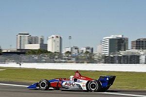 Leist logra el primer tiempo en la primera práctica de IndyCar