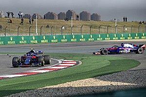 La falta de comunicación, clave en el absurdo choque de los Toro Rosso