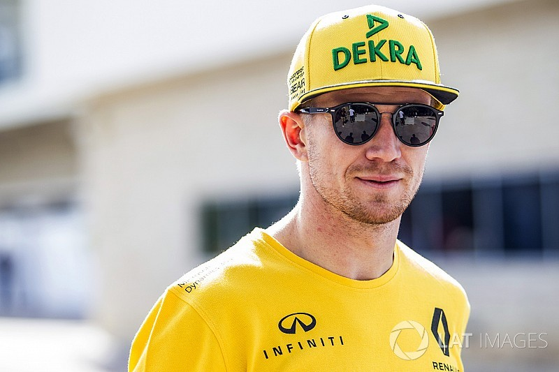 Hulkenberg takes penalty as Renault trials 2018 engine parts