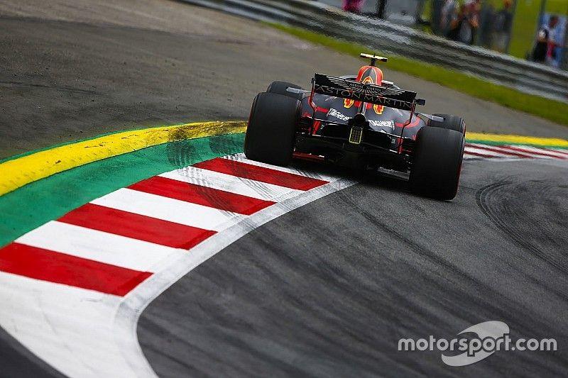 Verstappen disputó los entrenamientos con un corte en el piso de su Red Bull