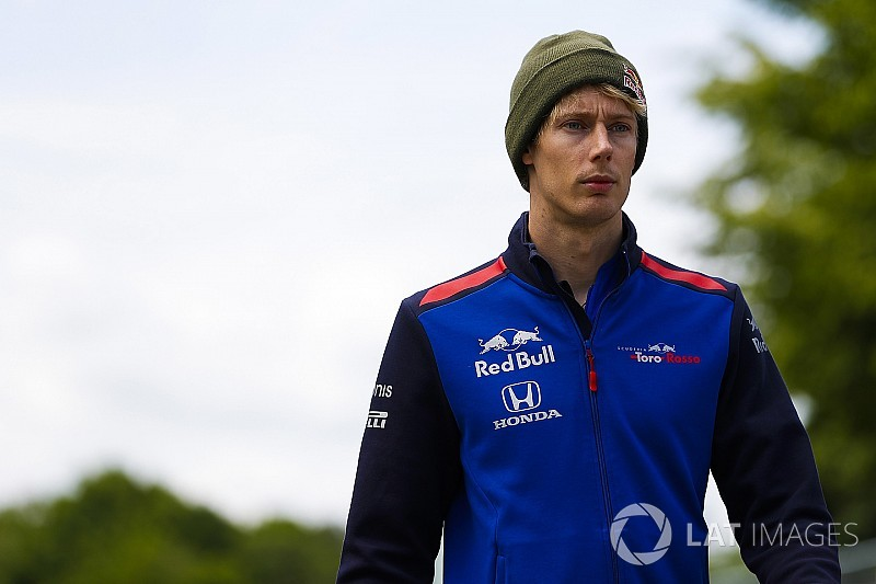 "Hartley: ""Silly"" to comment on Norris offer ""rumours"""