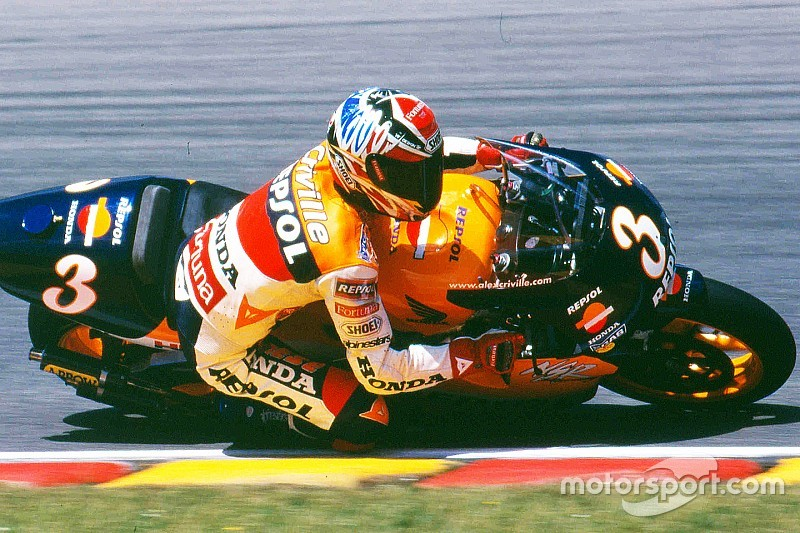 Crivillé será nombrado leyenda de MotoGP en Montmeló