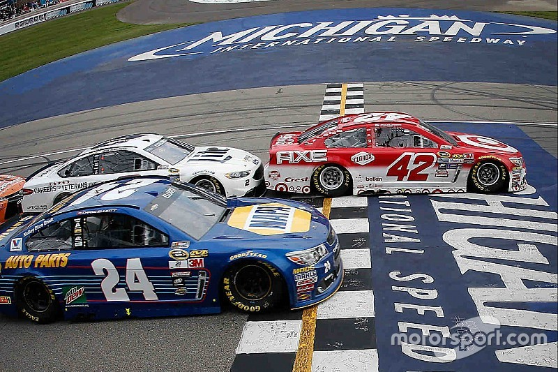 """Chase Elliott on missed win opportunity: """"Your only option is to move on"""""""