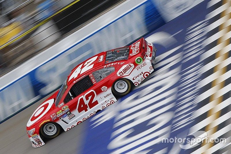 Larson and interim crew chief penalized for Michigan infraction