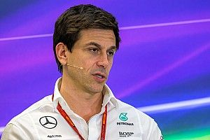 F1 should not become a 'beta test', says Wolff