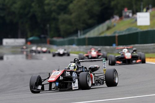 Spa F3: Eriksson takes maiden win as Russell bogs down