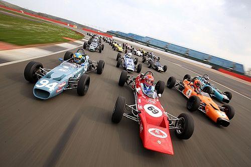 Galeri: Klasikler Silverstone'da piste çıktı