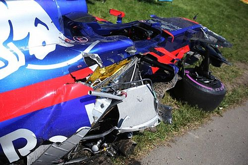 Menyenggol mobil Grosjean, Haas tak terima alasan Sainz
