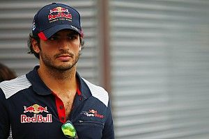 Подробности: Renault «арендовала» Сайнса у Red Bull – что это значит?
