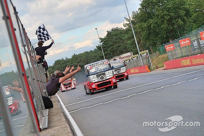 FIA ETRC: Kiss Norbi nyert Zolderben, majd dupla Tankpool24 dobogó!