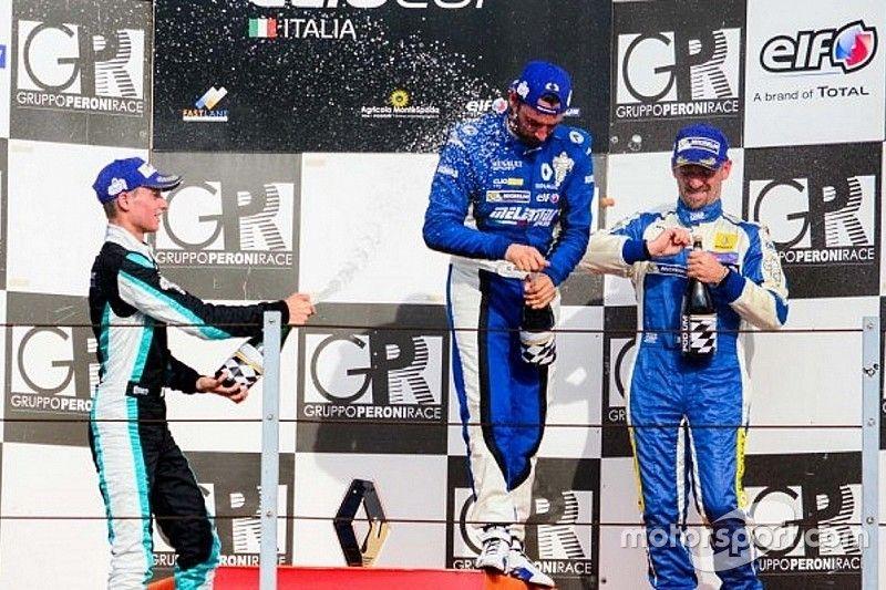 Gustavo Sandrucci centra il terzo successo di fila in Gara 1 a Misano